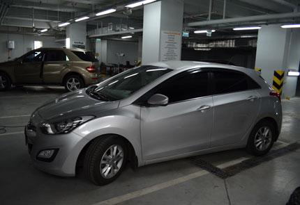 Шумоизоляция дверей, установка мультимедийного центра Alpine, усилителя и акустики на автомобиль Hyundai i30 2012