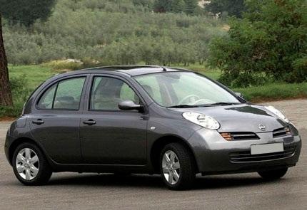 Замена штатной магнитолы на мультимедийную в автомобиле Nissan Micra 2005