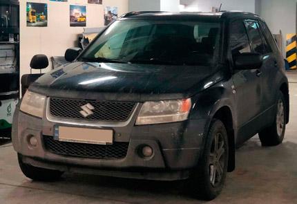Замена магнитолы и улучшение салонного освещения на светодиодное в автомобиле Suzuki Grand Vitara