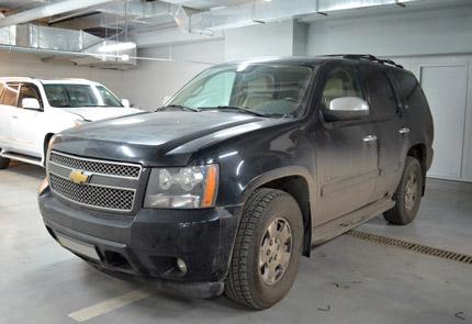 Замена штатной магнитолы, установка видеорегистратора, камеры заднего вида и замена ламп в автомобиле Chevrolet Tahoe 2008