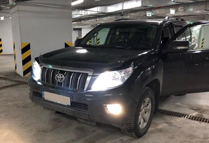 Замена головного и салонного света в Toyota Land Cruiser Prado 150