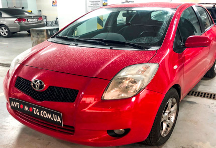 Замена штатной магнитолы Toyota Yaris