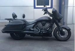 Замена штатной акустики и установка усилителя в кофр на мотоцикле Victory Cross Country